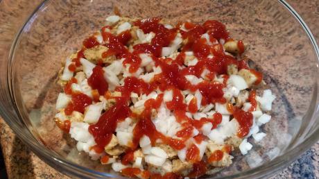 Gyros pod pierzynką - pierwszy ketchup