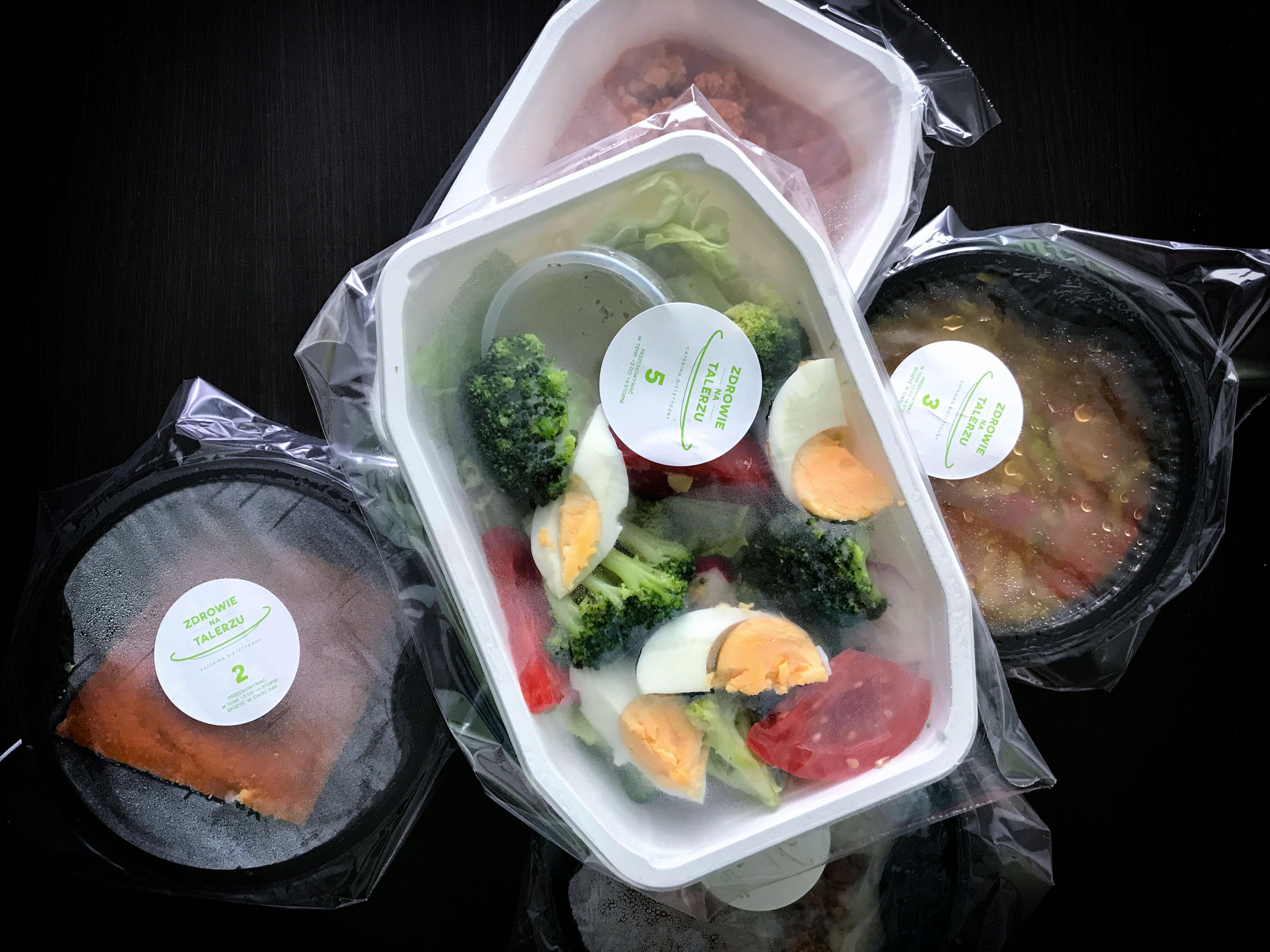 Jak wybrać dobry catering dietetyczny
