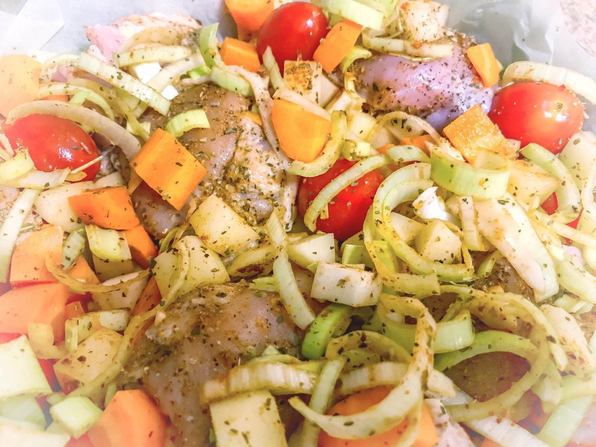 Pieczone udka z warzywami