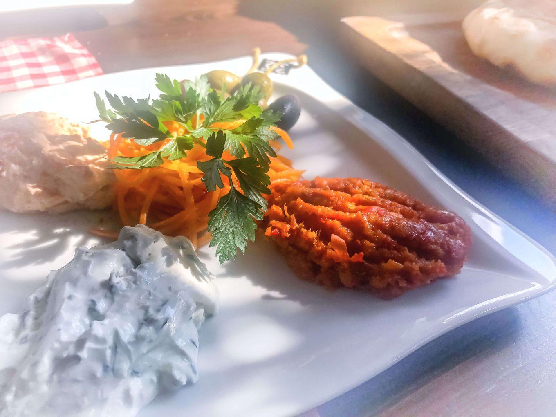 Karczma Bałkańska Dusza - pyszne jedzenie ! Warto!