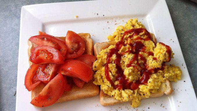 Kanapki z jajecznicą