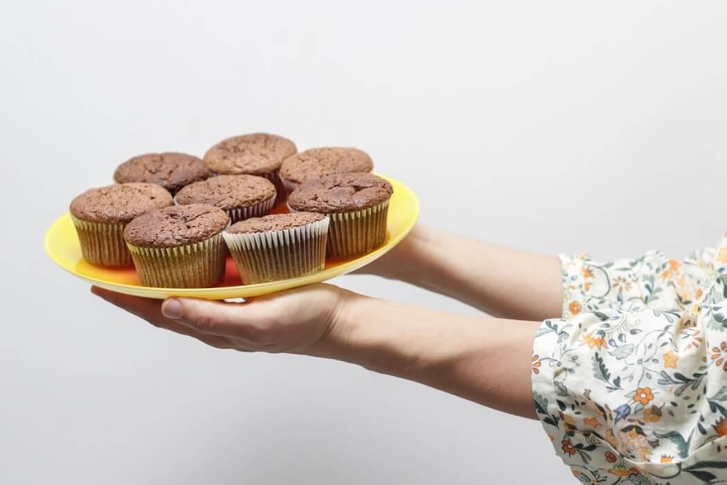 Pyszne desery z niewielu składników - sprawdź te przepisy!