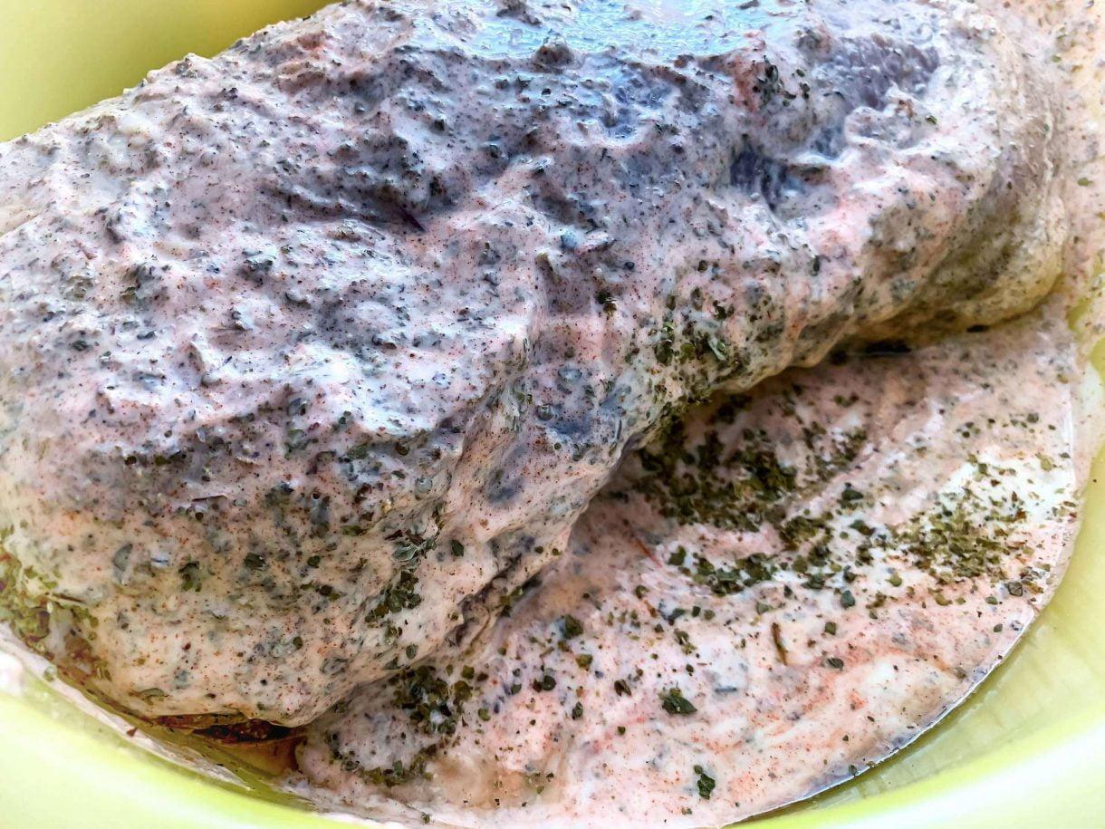 Karkówka w jogurtowo - paprykowej marynacie