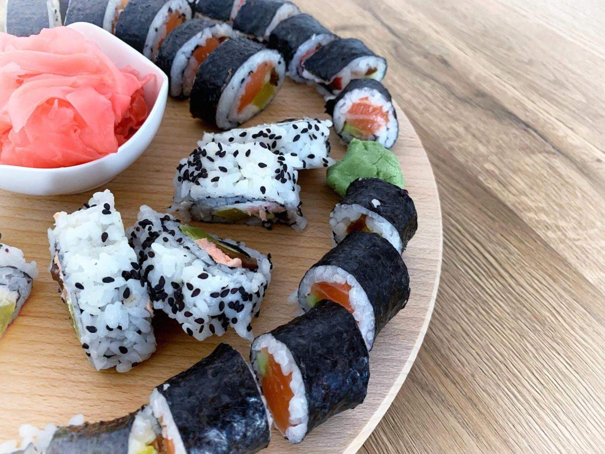 Domowa wersja sushi - jak przygotować
