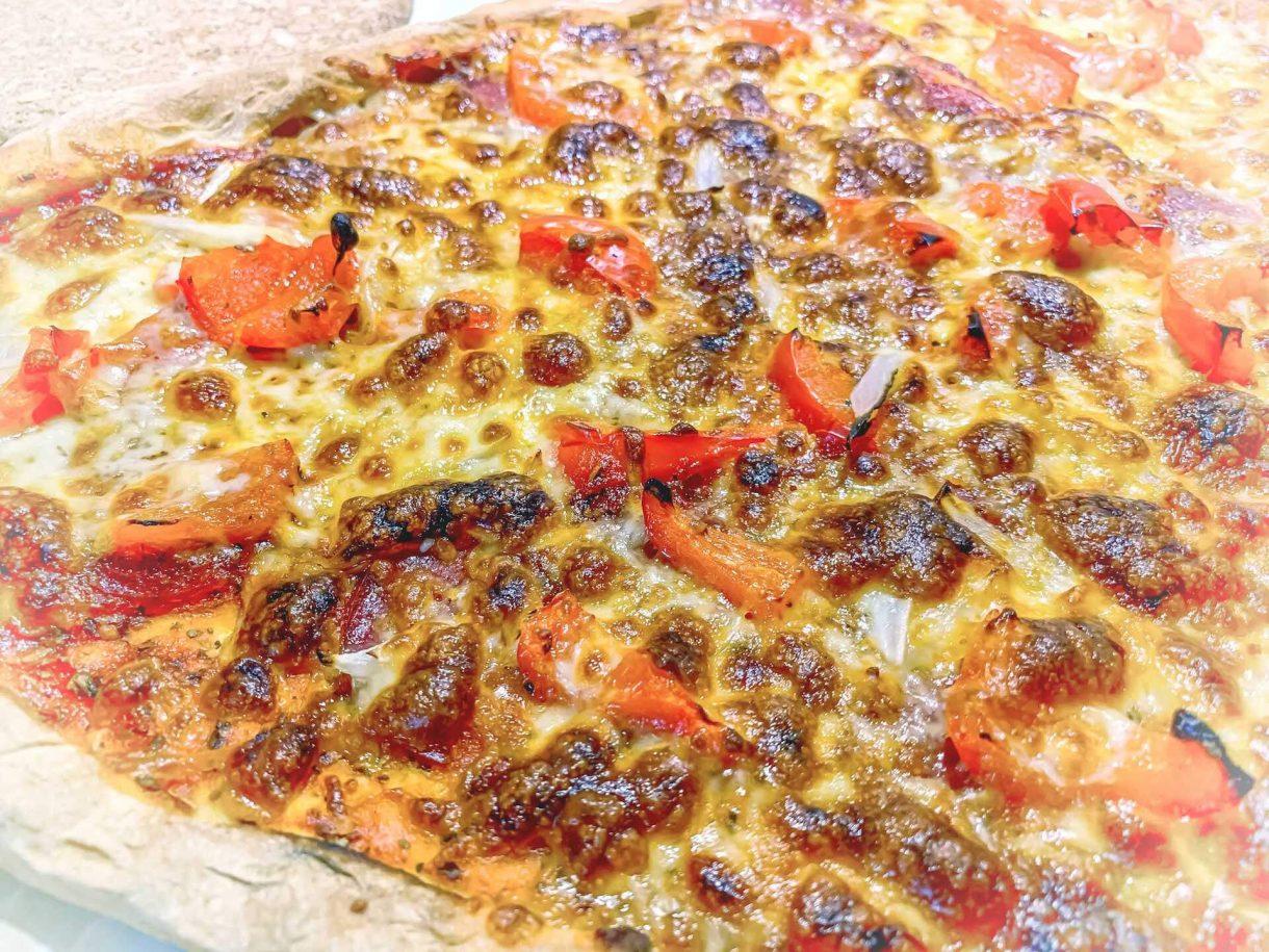 Pizza na jogurcie naturalnym