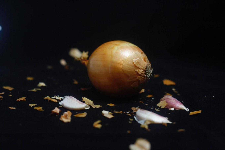 Syrop z cebuli i czosnku z dodatkiem cytryny