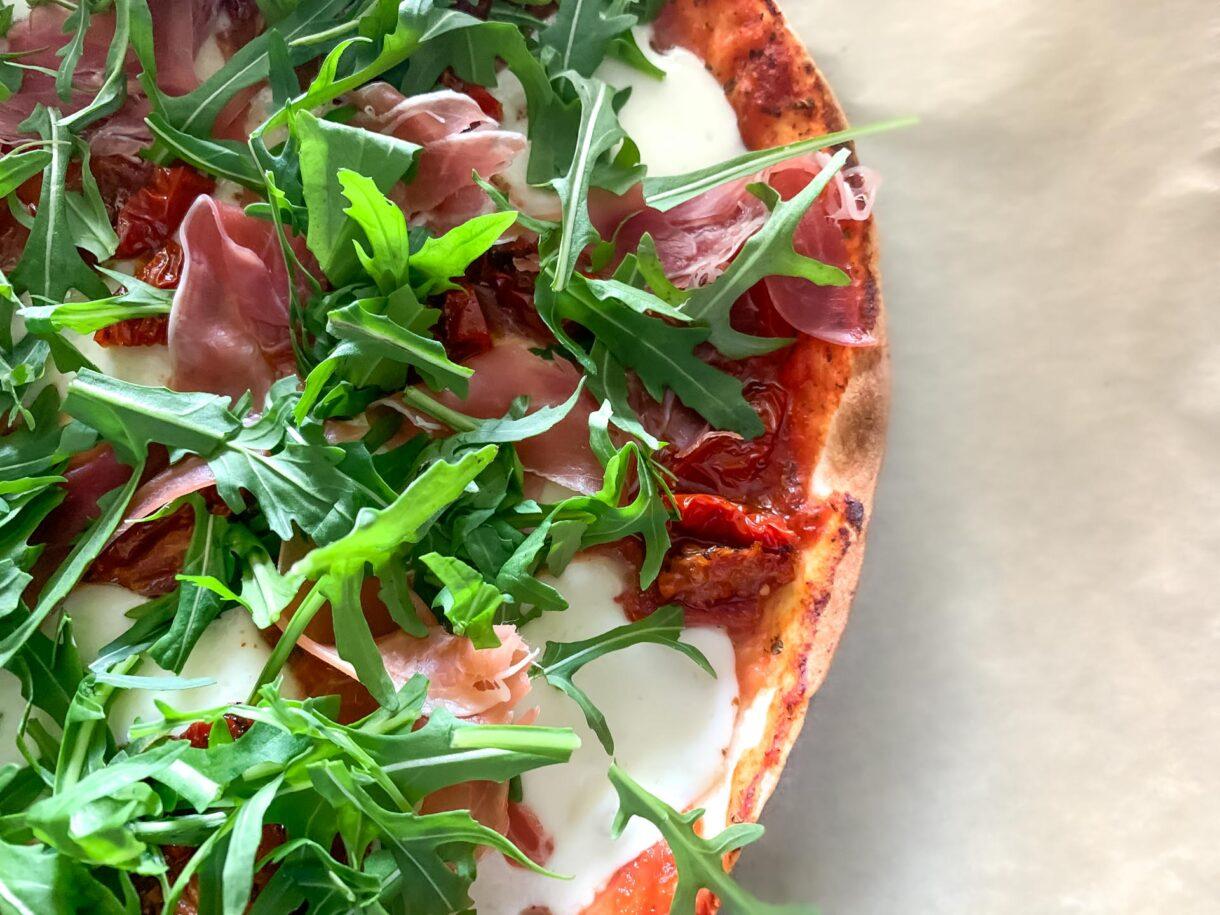 Pizza Parma na tortilli