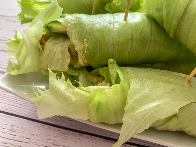 Błyskawiczne rollsy z sałaty